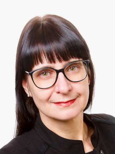 Frau Antje Krins